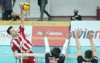 me okto omades sunexizei volley league